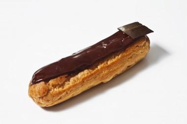 Eclair cu ciocolata